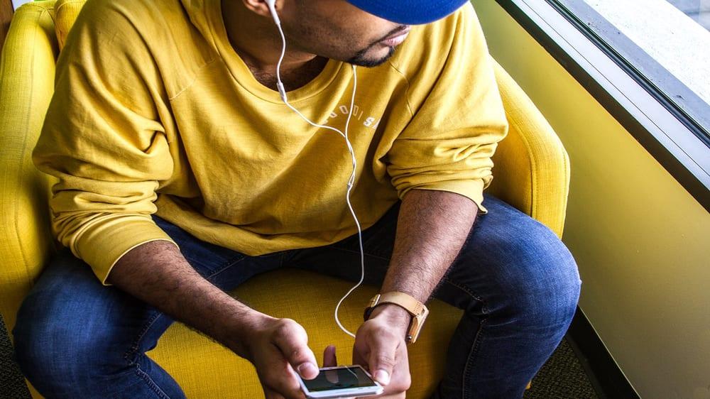 Orlando based rapper Deraj
