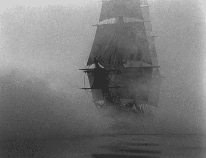 Ship-in-fog.png